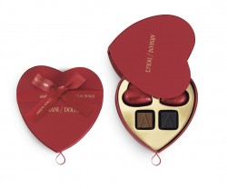 Armani-Dolci-Valentine's-Day-2015---6pcs_heart-shaped-gift-box