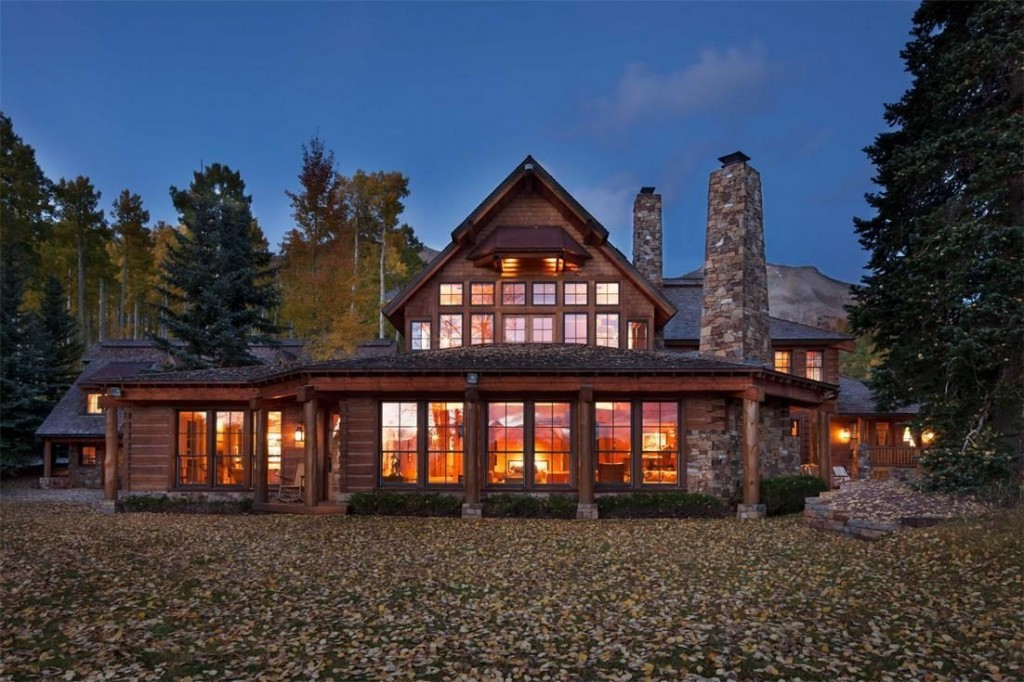 Tom Cruise vende il suo ranch in Colorado