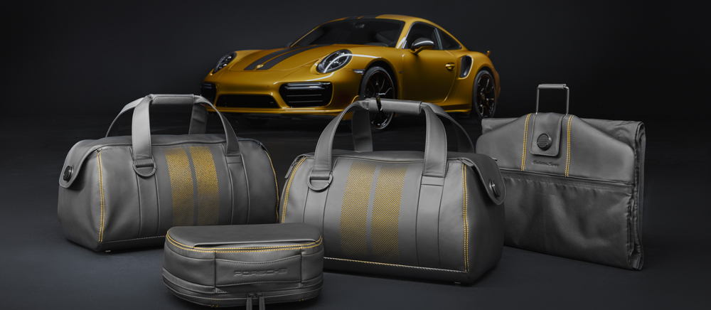 Porsche 911 Turbo S Exclusive Series: limited edition con il suo set di valigie