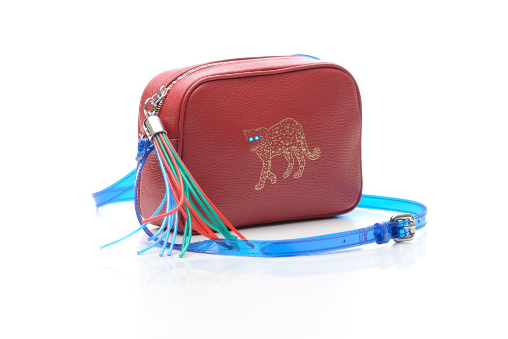 Convivio: 24KARATI presenta la mini bag GHADA OCELOT in limited edition