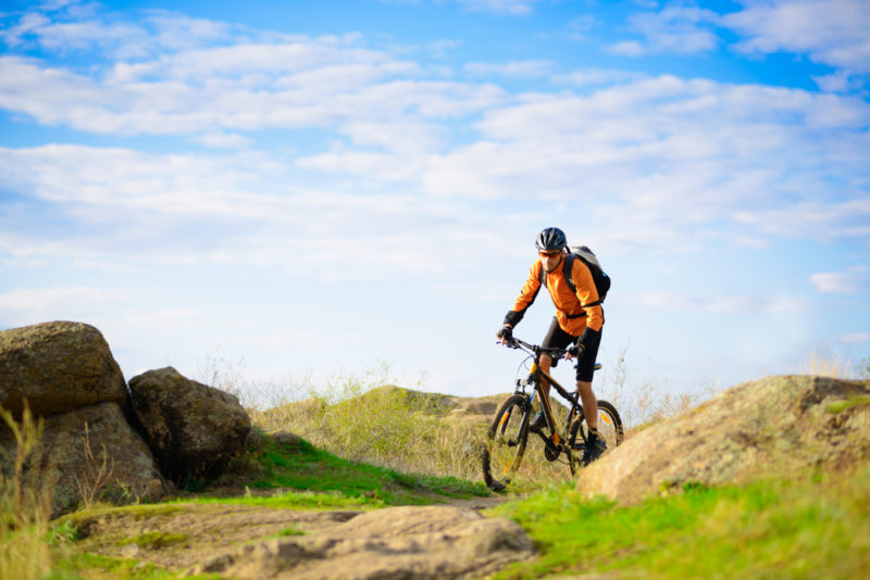 Le differenze tra mountain bike, bici da corsa e MBX