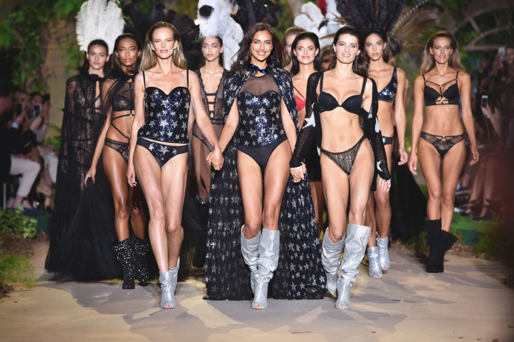 "Intimissimi sfila con ""Enchanted Forest"""