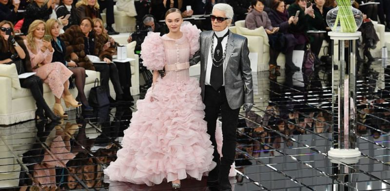 La moda è in lutto: è morto Karl Lagerfeld