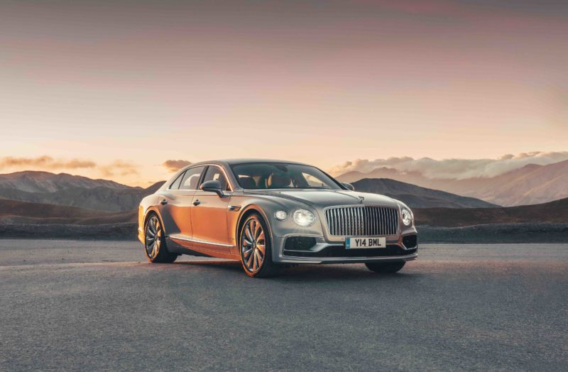 Nuova Bentley Flying Spur: sta arrivando! Siamo pronti?